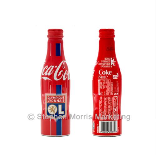France - Olympique Lyonnais shield bottle 2016
